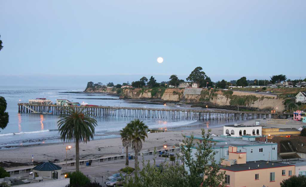 capitola-beach-m - Capitola Soquel Chamber of Commerce Capitola, CA